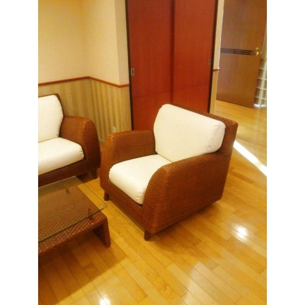 画像1: 待合椅子 張替え
